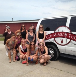 <a href=&quot;http://www.oldmissiontours.com/tours/#beerandtours&quot;>Beer & Wine Tour</a>